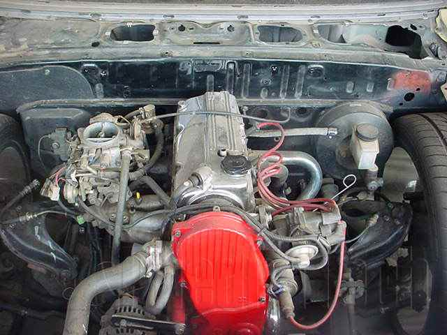 Engine Picture - Model 4 - MAZDA E2000 2000 cc 94-99  4 CYLINDER  CARBURETTOR    PICK UP