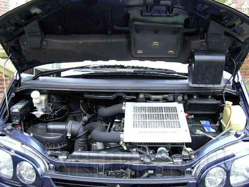 Engine Picture - Model 2 - MITSUBISHI L200 DIESEL 2800 cc 97-06  TURBO INTERCOOLER  EFI  FOUR WHEEL DRIVE  DOUBLE CAB PICK UP