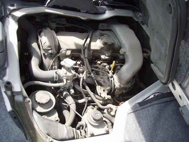 Engine Picture - Model 2 - TOYOTA HIACE DIESEL VAN 2400 cc 90-96  TURBO    FOUR WHEEL DRIVE  WAGON